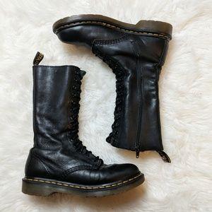 Dr. Martens 1B99 Air Cushion Black Lace Boot sz 7